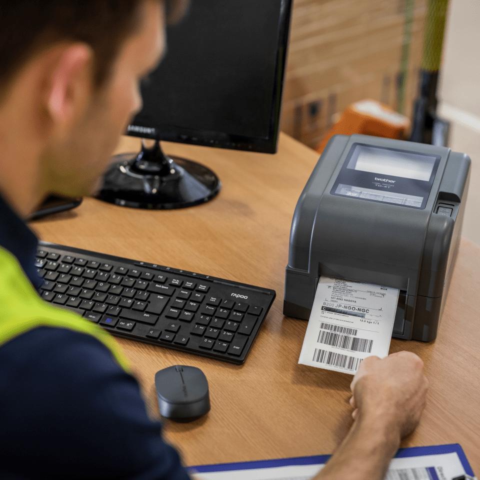 Imprimante d'étiquettes de bureau à transfert thermique Brother TD-4520TN 6