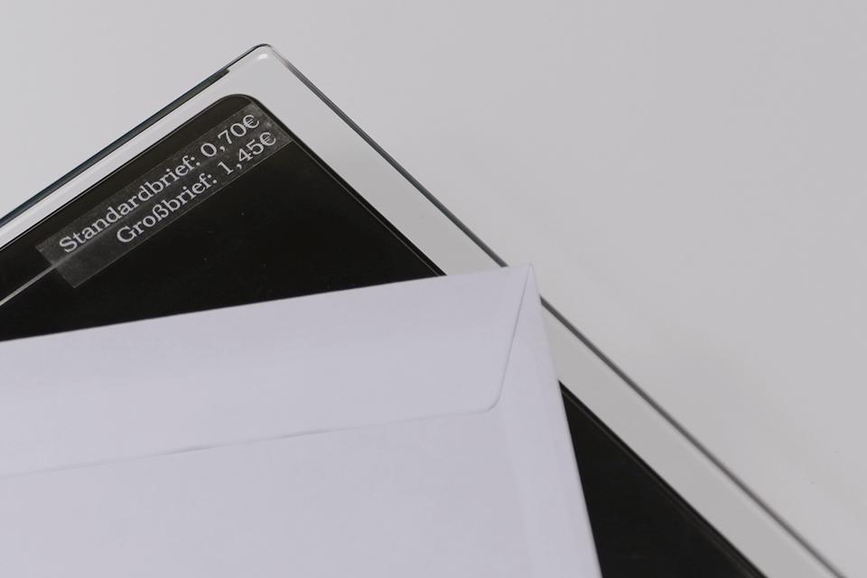Cassette à ruban pour étiqueteuse TZe-135 Brother originale – Blanc sur transparent, 12mm de large 4