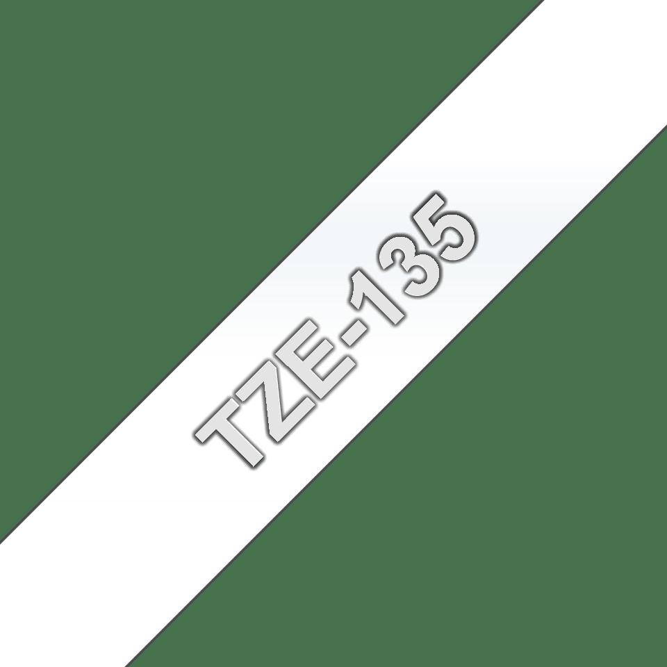 Original TZe-135 Schriftbandkassette von Brother – Weiß auf Transparent, 12mm breit 3