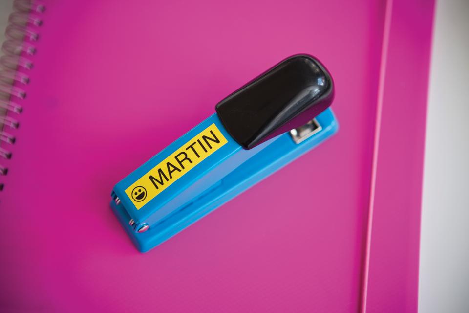 Original TZe-641 Schriftbandkassette von Brother – Schwarz auf Gelb, 18mm breit 4