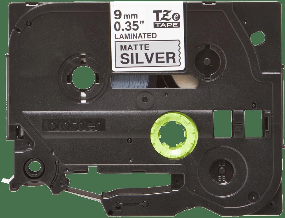 Original TZe-M921 Schriftbandkassette von Brother – Schwarz auf Mattsilber, 9mm breit