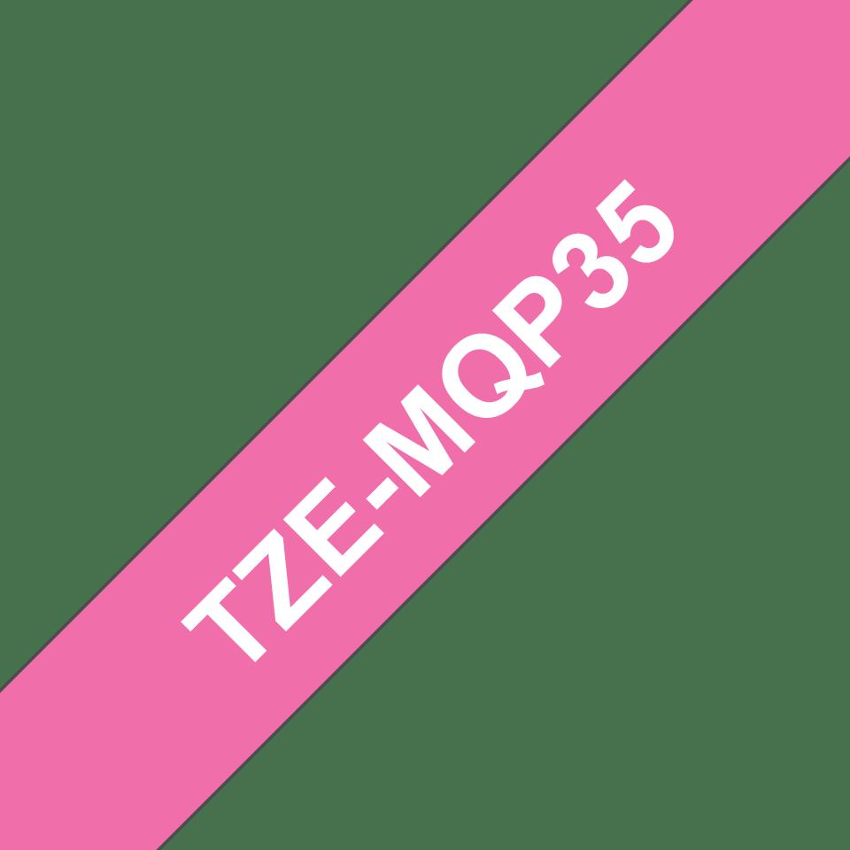 Cassette à ruban pour étiqueteuse TZe-MQP35 Brother originale – Blanc sur rose fuchsia, 12mm de large 3